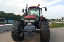 New-Holland M160